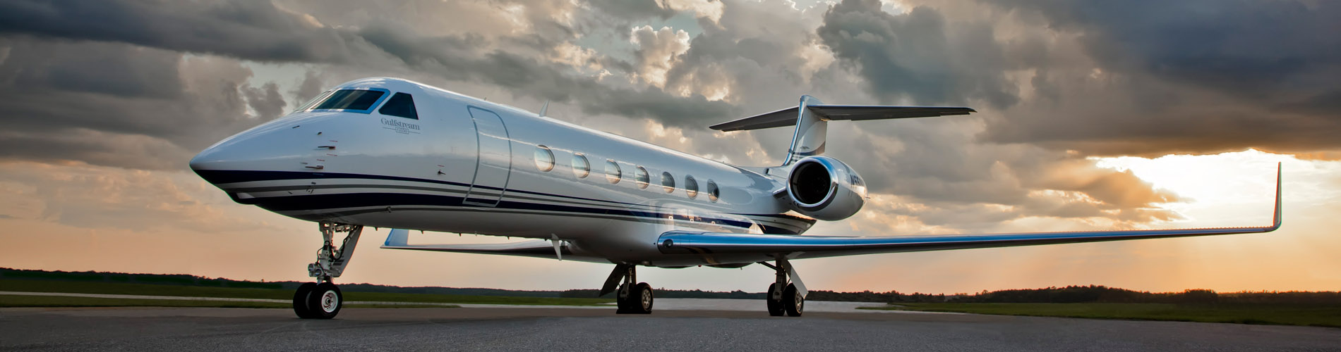Executive Charter Flights Traveling For The Business Class